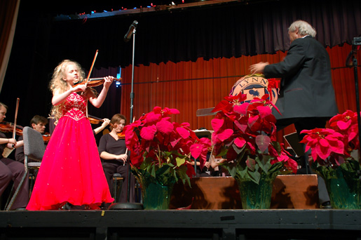 Gingerbread Holiday Concert brings seasonal favorites to fans of all ages